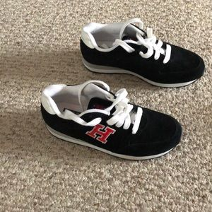 Tommy Hilfiger women  leather sneakers size 8M
